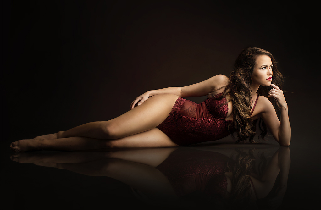Vi tar boudoir foto. Bilder man kan få i et personlig album.